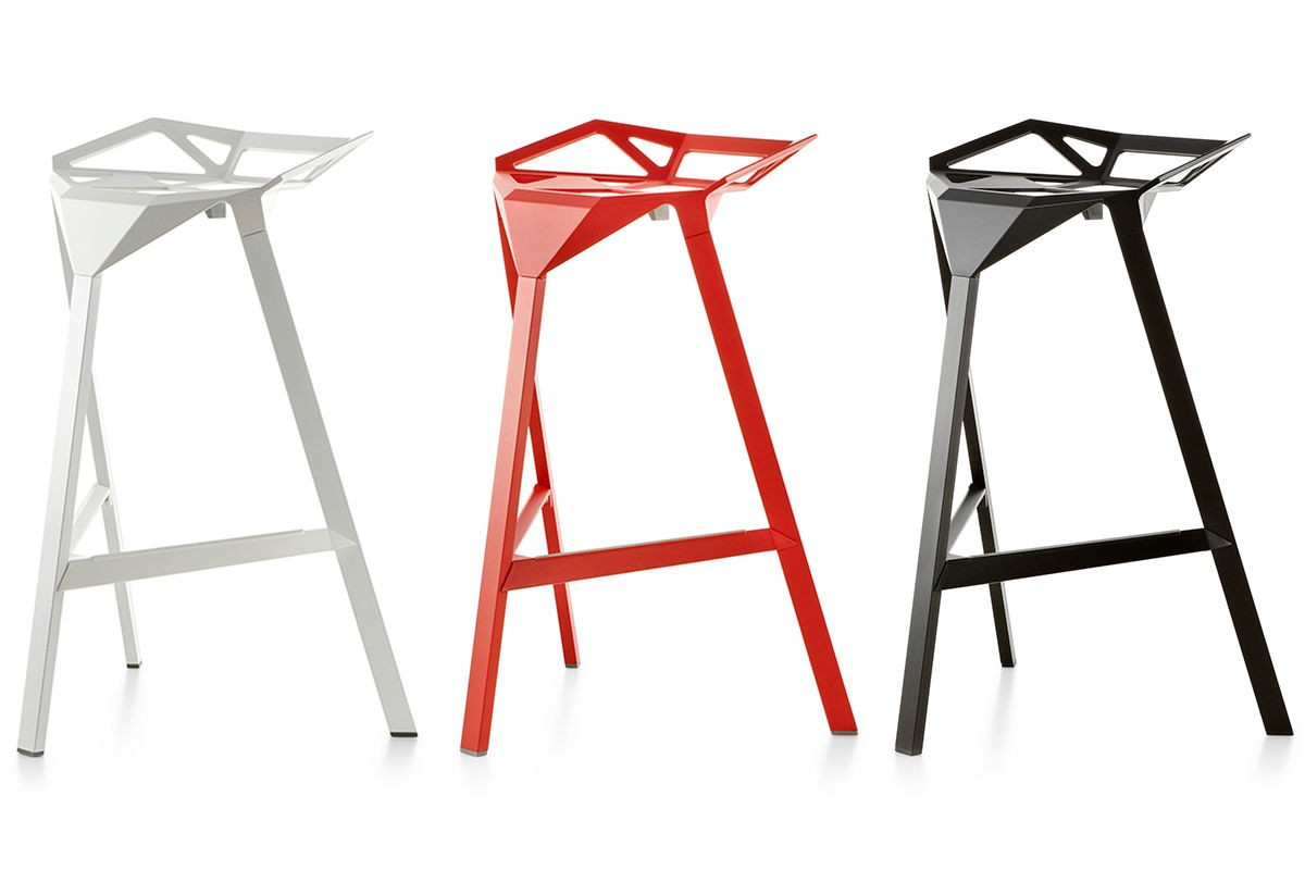 Stool One Barstol