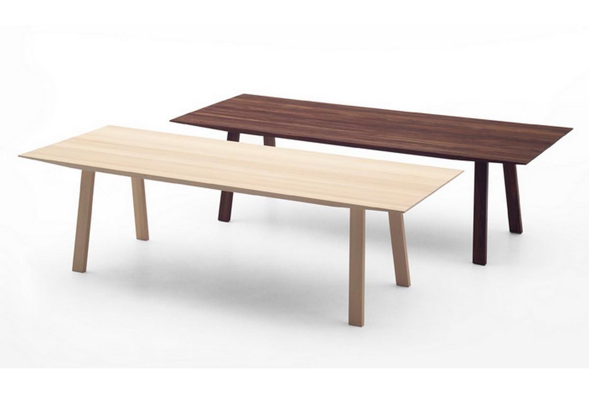 Spisebord massivt tre