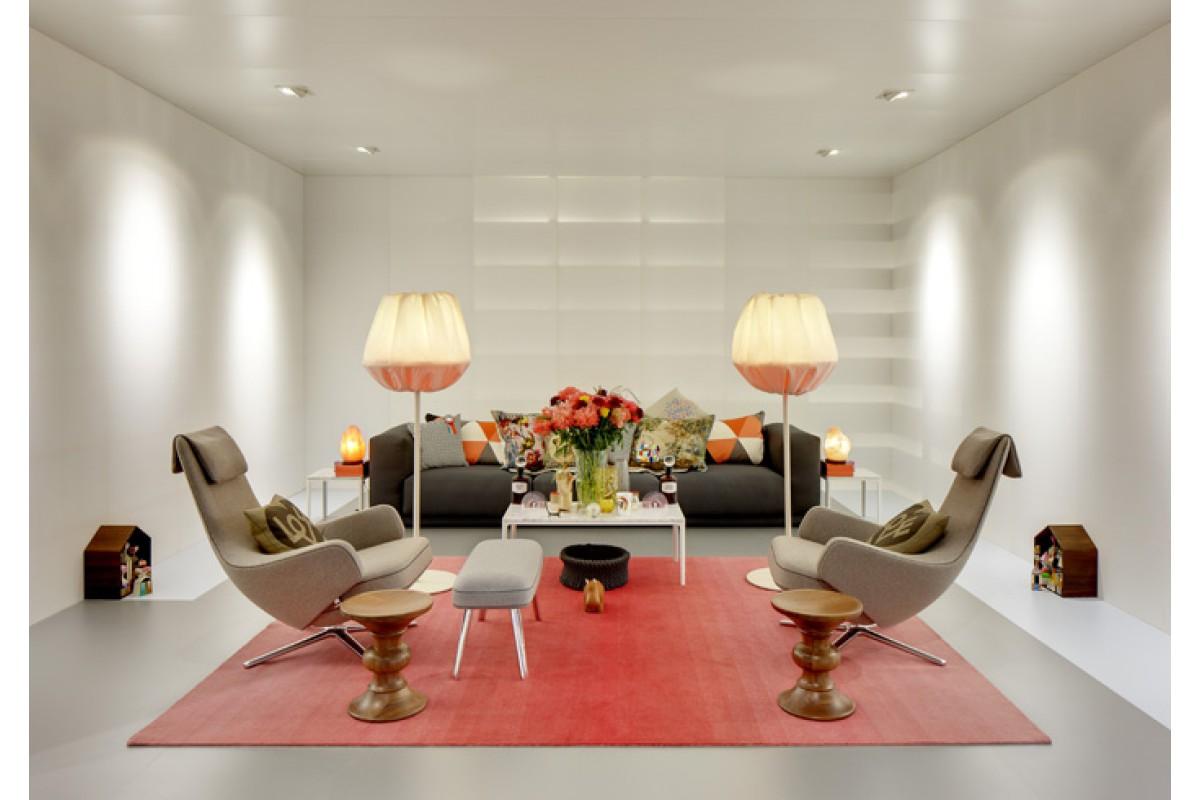 vitra repos lenestol med skammel. Black Bedroom Furniture Sets. Home Design Ideas