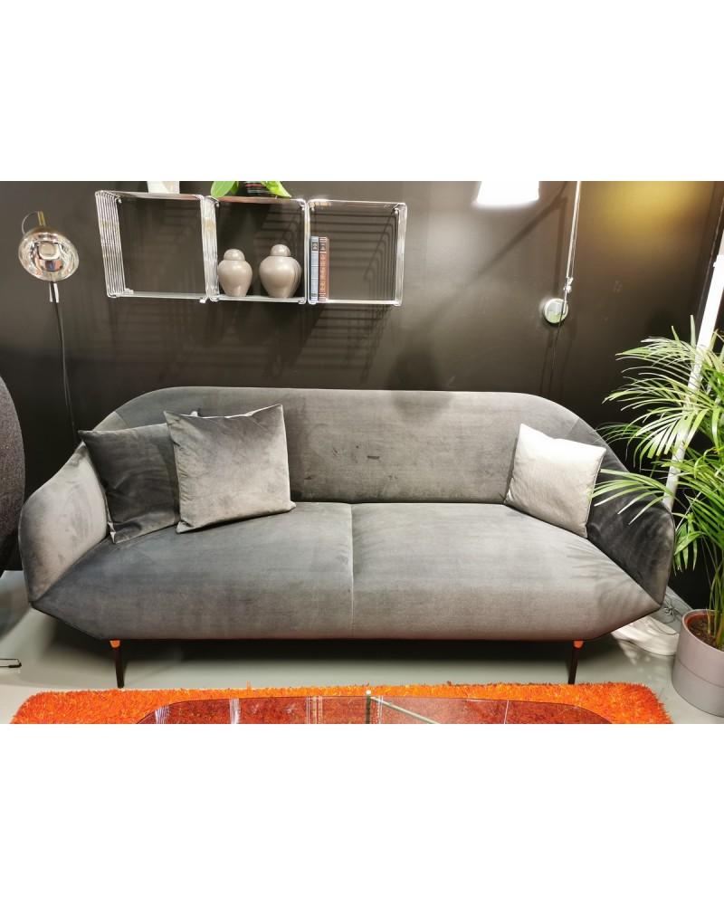 Bale sofa fra utstilling.
